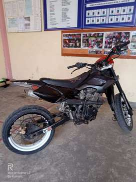 Viar 150 (Super Moto)