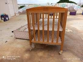 Baby Crib/Bed