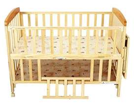 Baby's White Wooden Multipurpose Bed