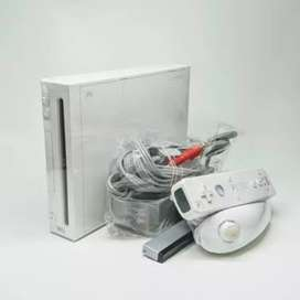 I'M SELLING NINTENDO WII GAME COMPLETE WITH 80GB DRIVE GAMES LOADED