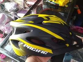 Helm Pacific Varian Warna