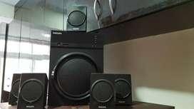 Philips speaker with FM