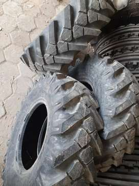 Jcb terex 4wd Tyre 12.5 R18 for sale
