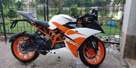 KTM RC 200 fully new condition 2018 bike.