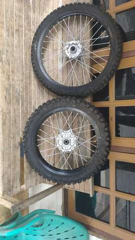 Velg CRF set original 21-18