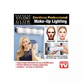 Studio Glow Vanity Mirror LED Make-up Light