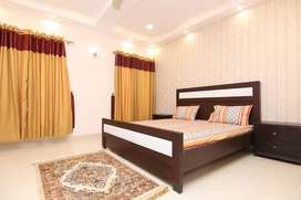 2 bedroom full furnished flat availbale for rent bahria town phase 7