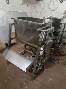 Mesin pengaduk adonan/pencampur adonan