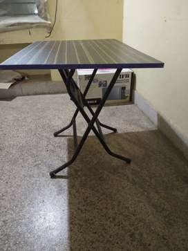 Foldable Study table
