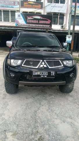 Triton Dc Gls 4x4 th 2013