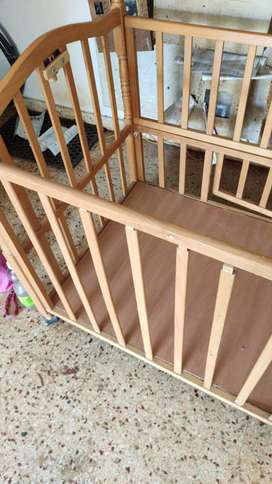 Baby bed 0-8yrs with storage