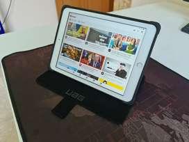 Apple iPad 6 Apple Pencil UAG Case