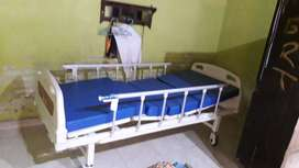 Bed Pasien 2 Crank (Ranjang Pasien)
