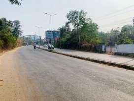 Kakkanad vallathol seaport road front 75cent plot for rent 3000per cen