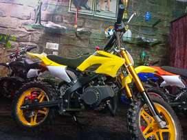 Kids dirt bikes .50cc. Petrol engine. Self start.