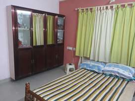 Single Rooms Sharing Rooms In Poothol West Fort Ayyanthol are