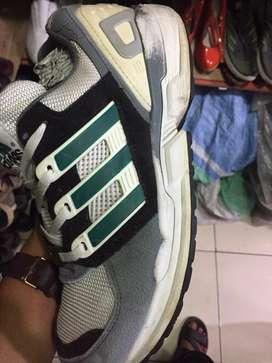 Dijual murah sepatu Adidas