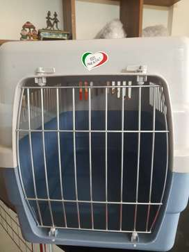 Brand new Pet Carrier for dogs, cats and pet travel by air or road