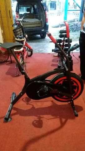 KAMI IMPORT LANGSUNG DARI PABRIKNYA,sepeda fitnes dan terapi platinum
