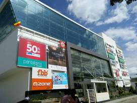 Ground Floor in Shopping Complex earning 2.5 lak Rent Monthly for Sale