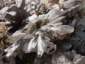 Hiasan akar kayu jati
