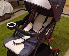 Selling Pram that we received as Gift yesterday - Not Used yet, New!