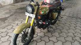 Royal Enfield Stromrider rider 350cc