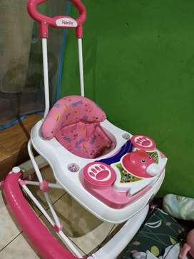 Baby walker preloved family 2in1