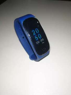 Uk Imported M5 Fitness Band / Smart Watch