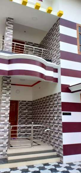 House for rent trv (pettah) deposit:50,000 and monthly rent 15,000,