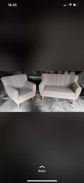 Sofa 211 simple
