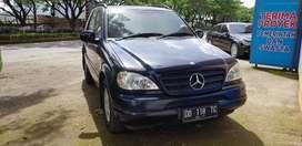 Mercedes benz JEEP 4 x 4  ML 320 .mewah. jual murah hanya 99 jt