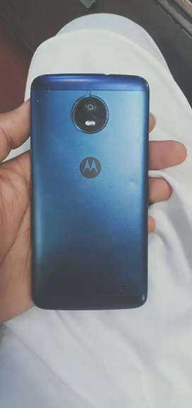 Motorola e4  2GB ram 16GB memory clean set dark blue colour