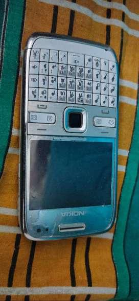 Nokia E-SERIES,E-72
