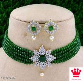 Femine jewellery set