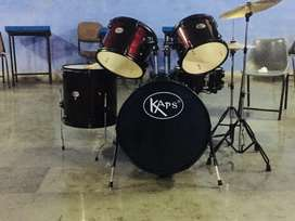 KAPS 5 pc Drum Set With Throne