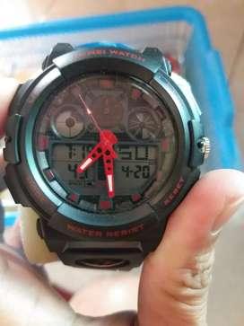 Jam tangan pria dgn 2 fungsi