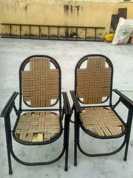 Steel chair quantity 2