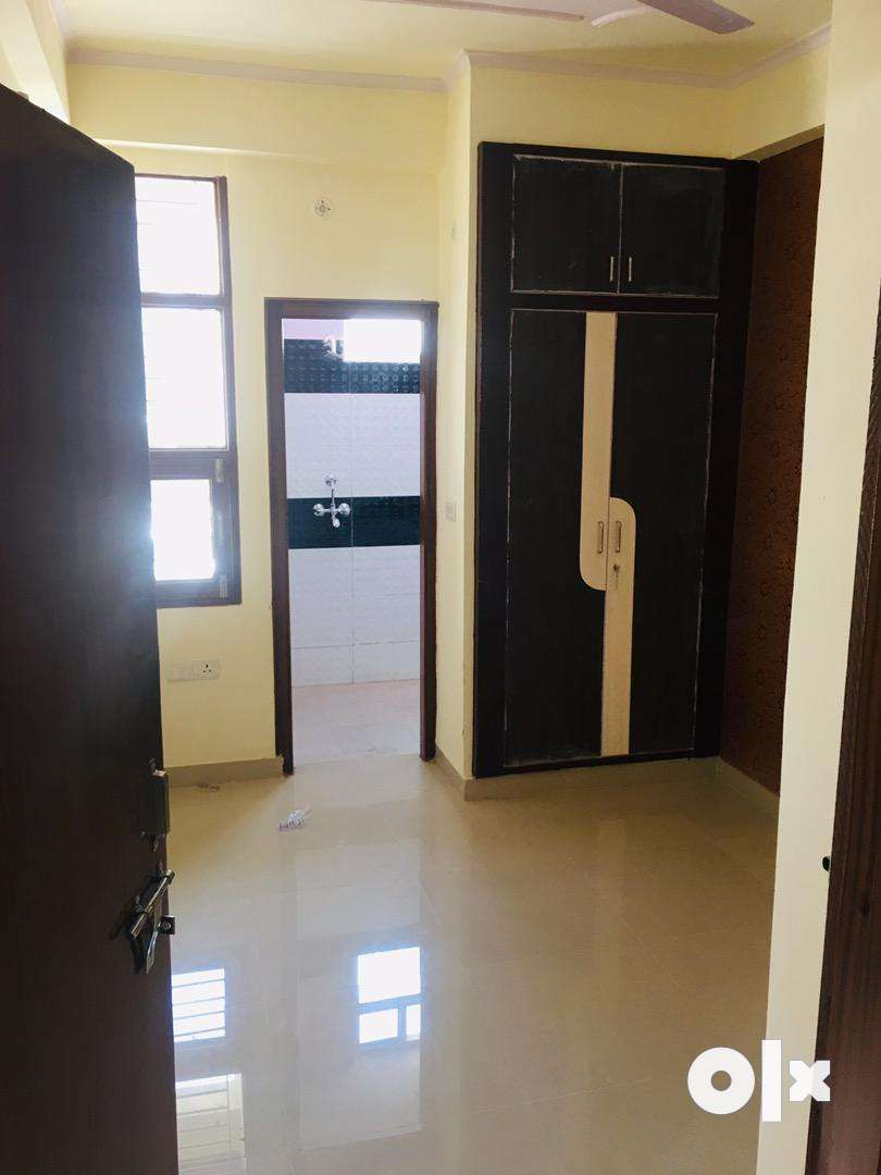 2bhk flat for sell 0