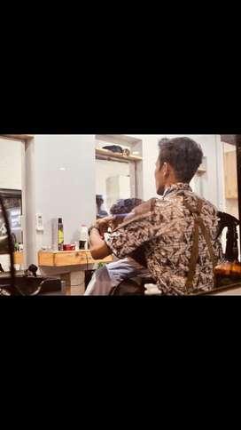 Cari capster , barber , tukang cukur , hairstylist , barbershop