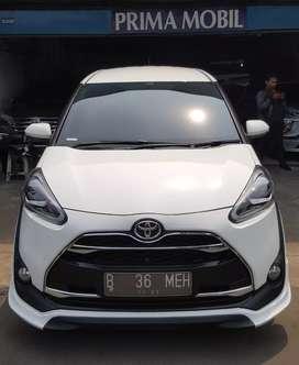 Toyota Sienta 1.5 Q 2016