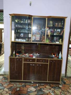Wooden Showcase in excellent condition