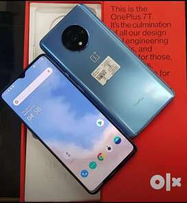 Good condition of Oneplus 7T available with warranty
