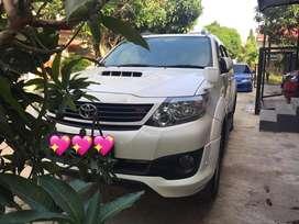 Toyota fortuner VNT TRD