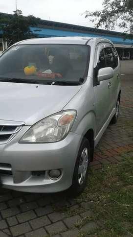 Mobil avanza th 2011 Matic