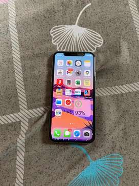 Apple Iphone XS 64Gb with Bill and Box.