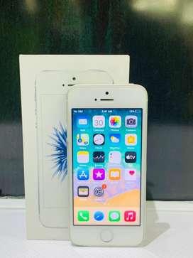Apple Iphone SE 32GB Sliver