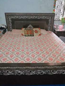 Bed and 2side table