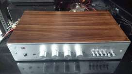 Vintage Cosmic Stereo Integrated Amplifier excellent working condition