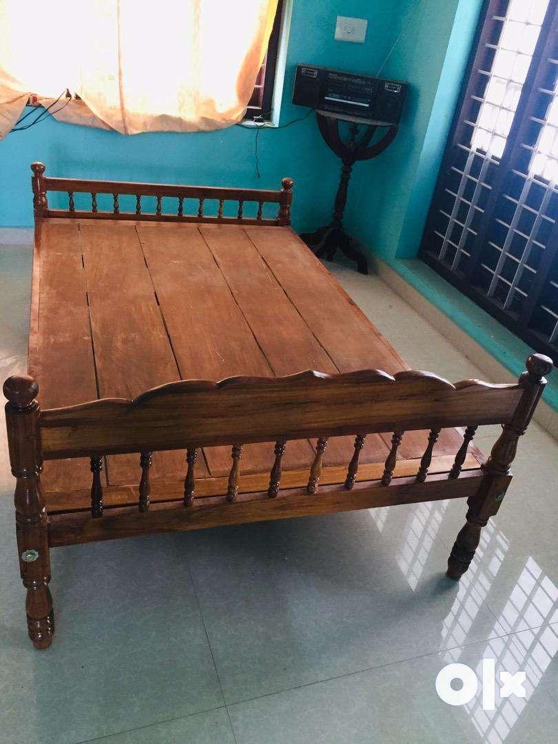 Double cot